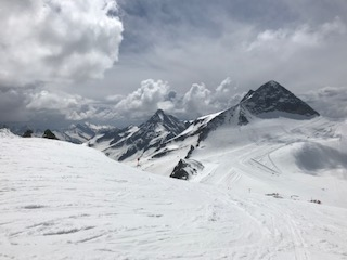 Review of Snoworks All Terrain Course, Hintertux, May 2018